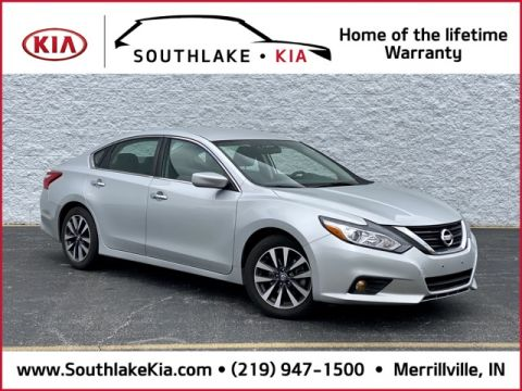 Certified Pre-Owned 2017 Nissan Altima 2.5 SV FWD 4D Sedan