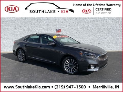 Pre-Owned 2017 Kia Cadenza Premium FWD 4D Sedan